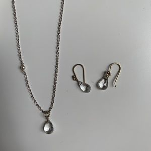 Jewelry - White gold and topaz pendant necklace and earrings